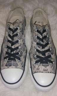 Sepatu conversr