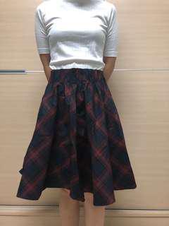 🚚 格紋酒紅長裙