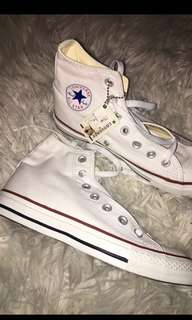 Converse Size 6.5 NEVER WORN