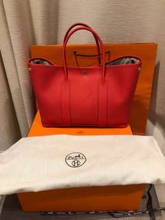Brand new 100% authentic Hermes Garden Party 36 rouge tomato