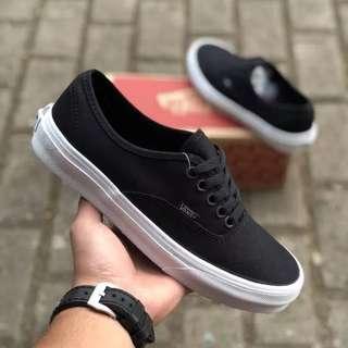 Sepatu Vans Authentic Mono Black white BNIB ORIGINAL