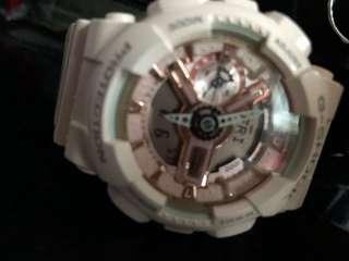 粉紅色手錶
