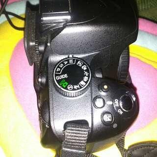 DSLR. Nikon D3200 Body Aja Sc Rendah