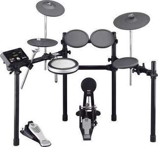 Yamaha DTX522 Electronic Drum Kit + MS50DR Speakers