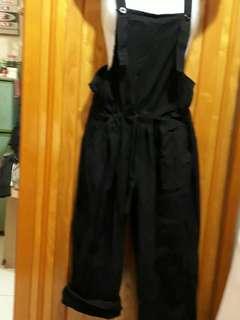 🚚 非常好穿又舒服的吊帶褲M-XL可