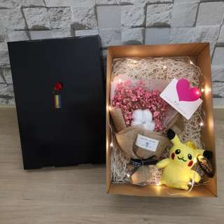 Cotton bouquet with dried babybreath and Pikachu