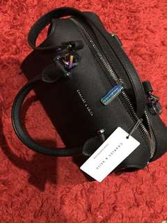 tas charles & keith original 100%