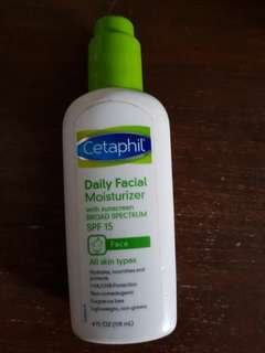Preloved Cetaphil SPF moisturizer, Original USA