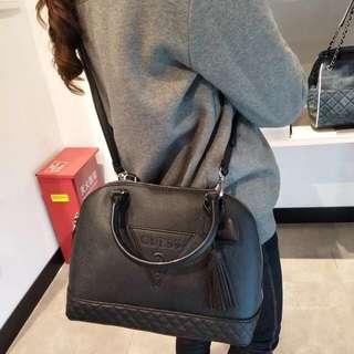 Authentic Guess Baldwinpark domesatchel Handbag