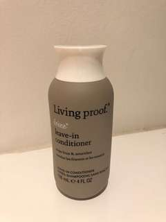 Living Proof No Frizz Leave in conditioner
