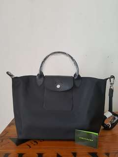 Longchamp neo authentic medium black