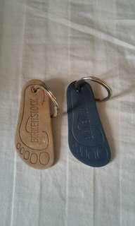 Birkenstock 匙扣兩個