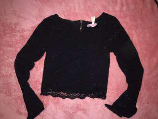 Super black lace crop