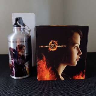 LIMITED EDITION Hunger Games Bundle DVD + Mocking Jay Necklace + Hunger Games Bottle
