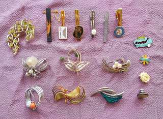 Sets of beautiful pins and brooches