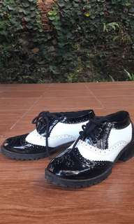 Japanese Style Oxford Shoes