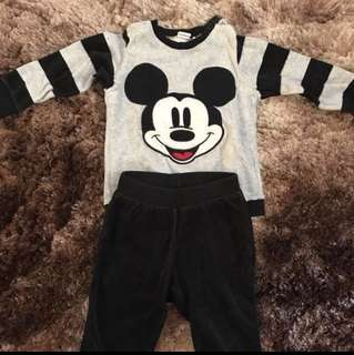 H&M Disney Micro Fleece Long Sleeves Set (12-18M)
