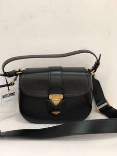 100% Authentic - Moschino cross body bag (40% off)
