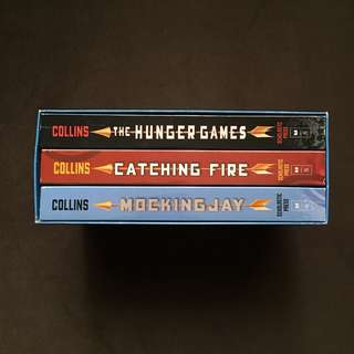 BOOKS FOR SALE (Hunger Games Box Set)