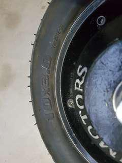 V-Mart 3.0 tyre and tube