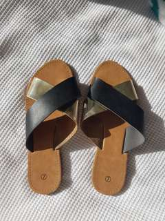 Kmart sandals flip flops summers slippers slip ons crisp cross gold black