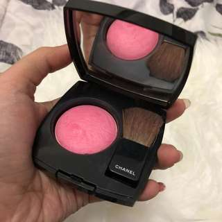 Chanel blush on