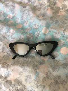 BLACK CAT EYE SUN GLASSES