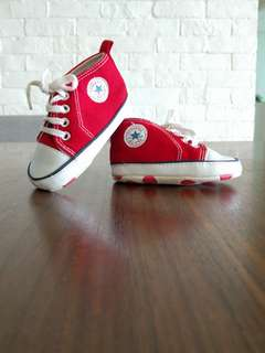 Used Baby Converse Shoes (3-6 mths)