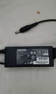 Toshiba Laptop Travel Charger