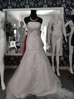 Wedding gown mermaid