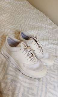 Nike Air Max Thea White Size 7-8