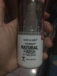 Wet n wild setting spray