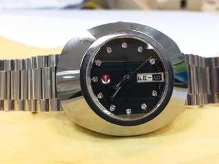 Rado ~ original ~ 永不磿損形, 機械自動 ,八、九十年代生產,帶了數次, 保養得十分完好,行走準時。