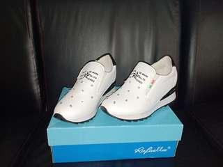 Sepatu anak keren made in cina