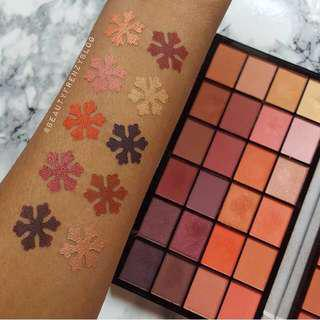 [READYSTOCK & FREE POSTAGE] Makeup Revolution Guest List Palette