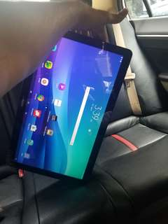 Samsung galaxy view, bigger then usual one