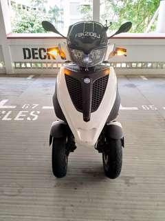 Piaggio Scooter MP3 for sale!