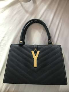 Black Medium Handbag