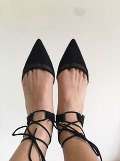 [ZARA] Black Pointed Lace Up Flats