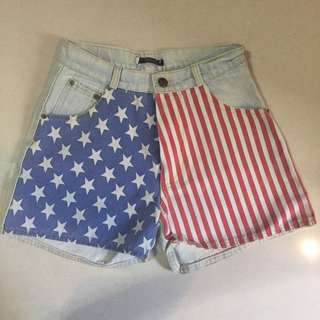 ✨HIGH WAISTED FLAG SHORTS✨