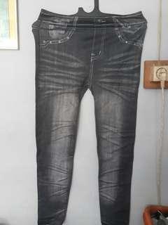 Celana kaos motif jeans