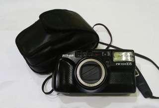 Kamera analog Nikon TW Zoom 105