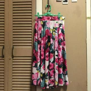 floral circle skirt (midi) stretch fabric with roses pattern in pink