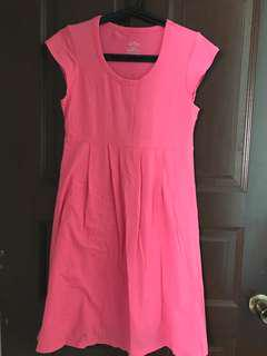 Spring maternity - pink dress