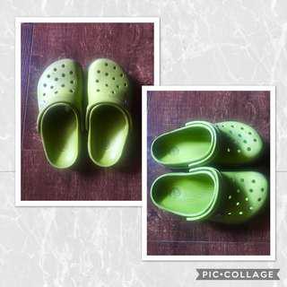 Crocs Kids (size J2 - original)