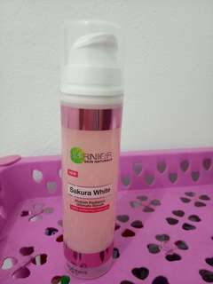 Garnier Sakura White Pinkish Radiance Ultimate Serum