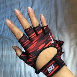 Sarung tangan nike