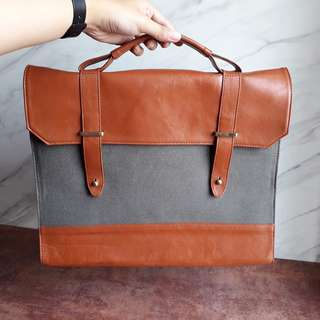 Messenger Bag Grey. Big Sale!