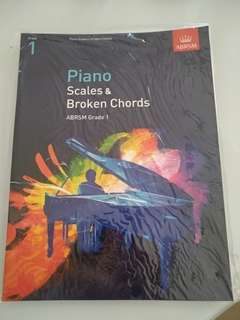 🚚 Piano scales and broken chord grade 1