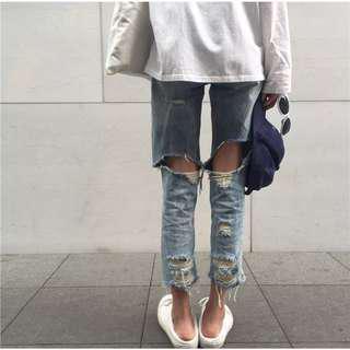 (全新) 百搭個性破洞毛邊直筒牛仔褲女褲 復古韓國chic風